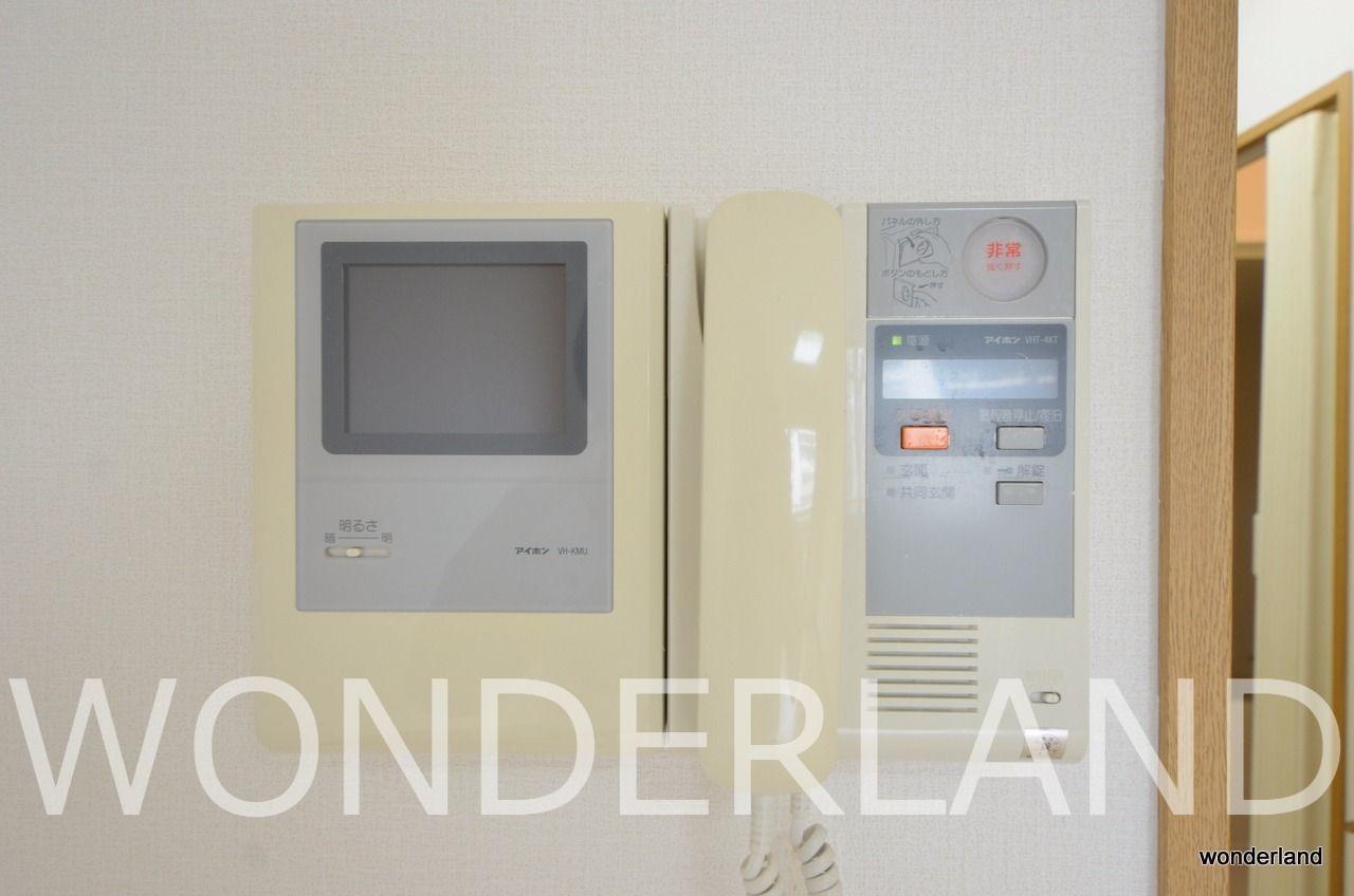 モニター付きのインターホン