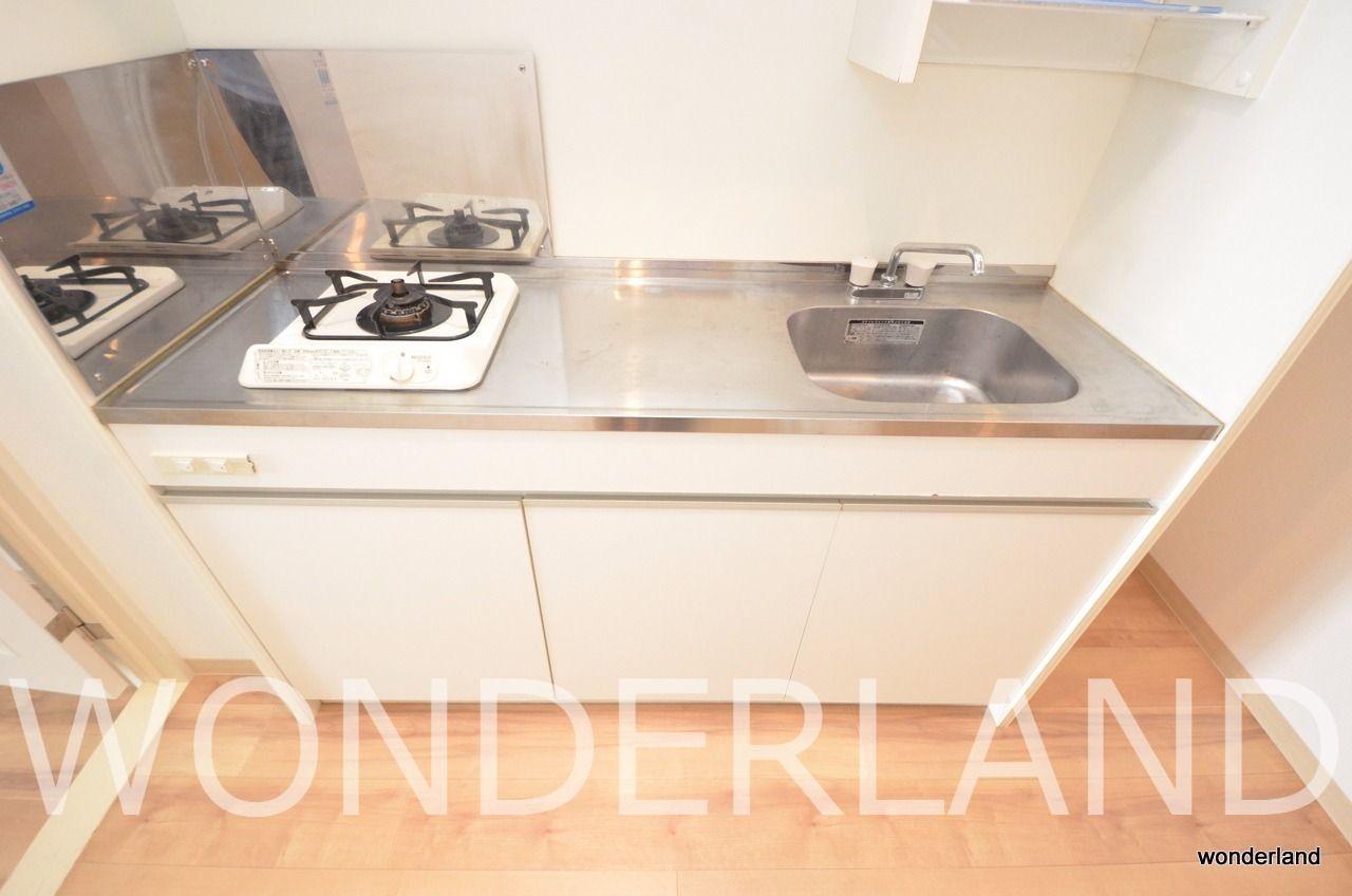 調理スペースが広いキッチンです