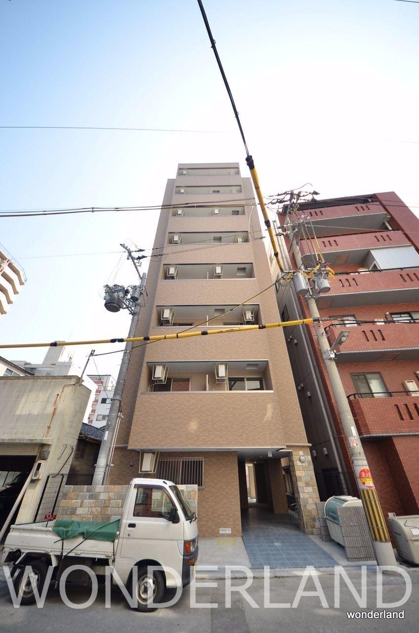 8階建ての築浅マンション